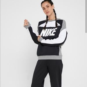 Nike Sport Distort Fleece Crew